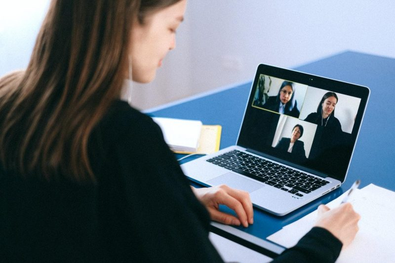 zoom-business-meeting-collaboration